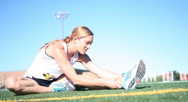 『股関節』が機能低下することで腰痛や肩こりの原因に